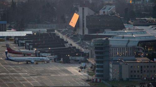 俄737降落时故障