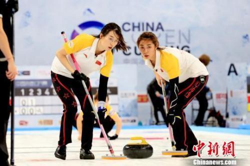 中国女子冰壶三连胜 目前与韩国队一同暂列榜首