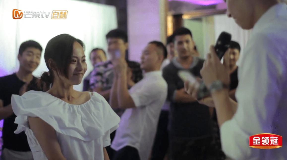 妻子的浪漫旅行张嘉倪被曝有狐臭 还爱抢镜头引袁咏仪不满?