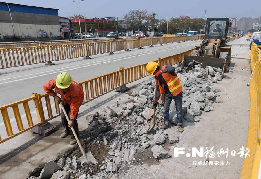 福马路地铁2号线站点沿线路面修复提速