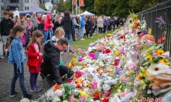 新西兰全国默哀怎么回事 新西兰举国悼念清真寺枪击案遇难者