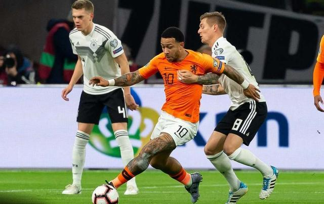 德国绝杀荷兰比分3-2 德国客场完成欧国联惨败复仇 欧初赛首胜