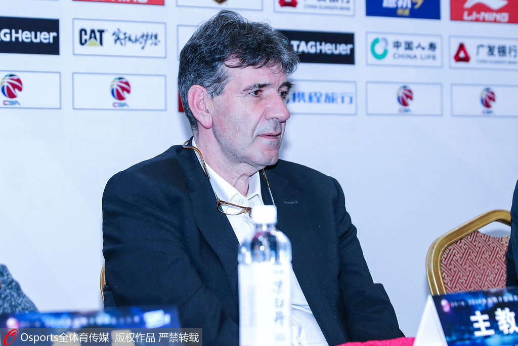贝西洛维奇主教练|贝西诺维奇赛后批球员:打到8强他们都满意了