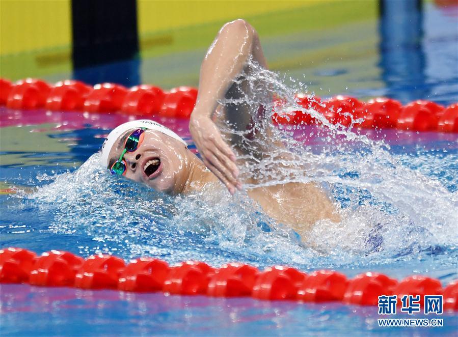 (体育)(8)游泳——全国冠军赛:孙杨获男子800米自由泳冠军