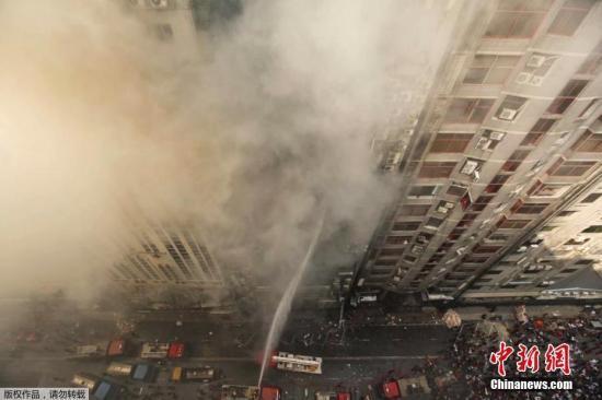 孟加拉一高楼起火是怎么回事 孟加拉高楼起火造成什么损失