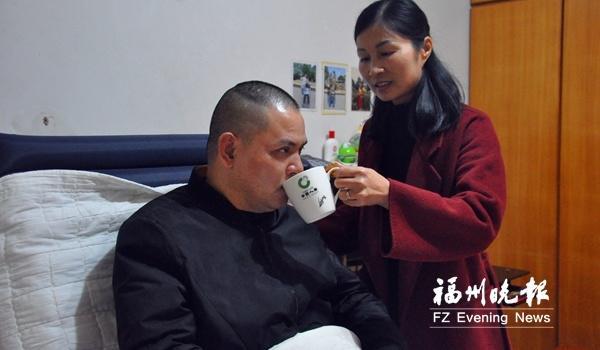 爱情最美好的样子!丈夫不幸高位截瘫妻子18年不离不弃