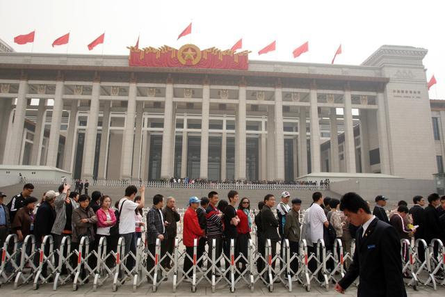 国博4月起全员分时段实名预约参观,每日限额3万人