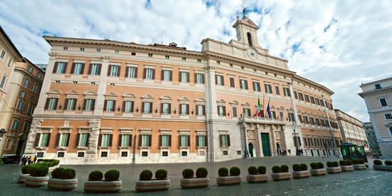 意大利议会收炸弹邮件 发件地为热那亚迪亚斯学校