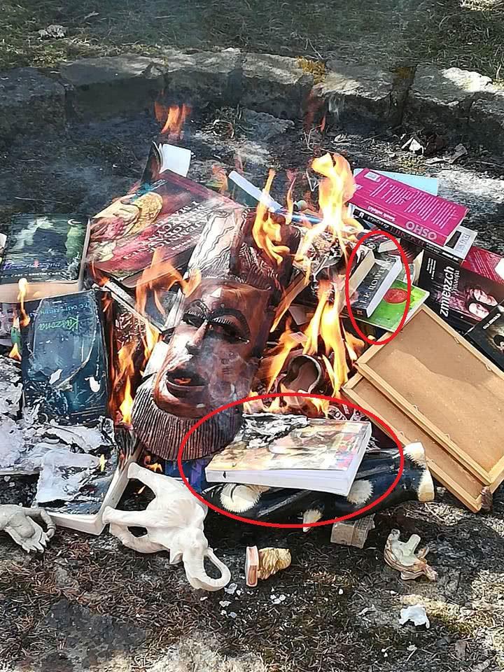神父焚烧哈利波特是怎么回事 神父为何焚烧哈利波特小说
