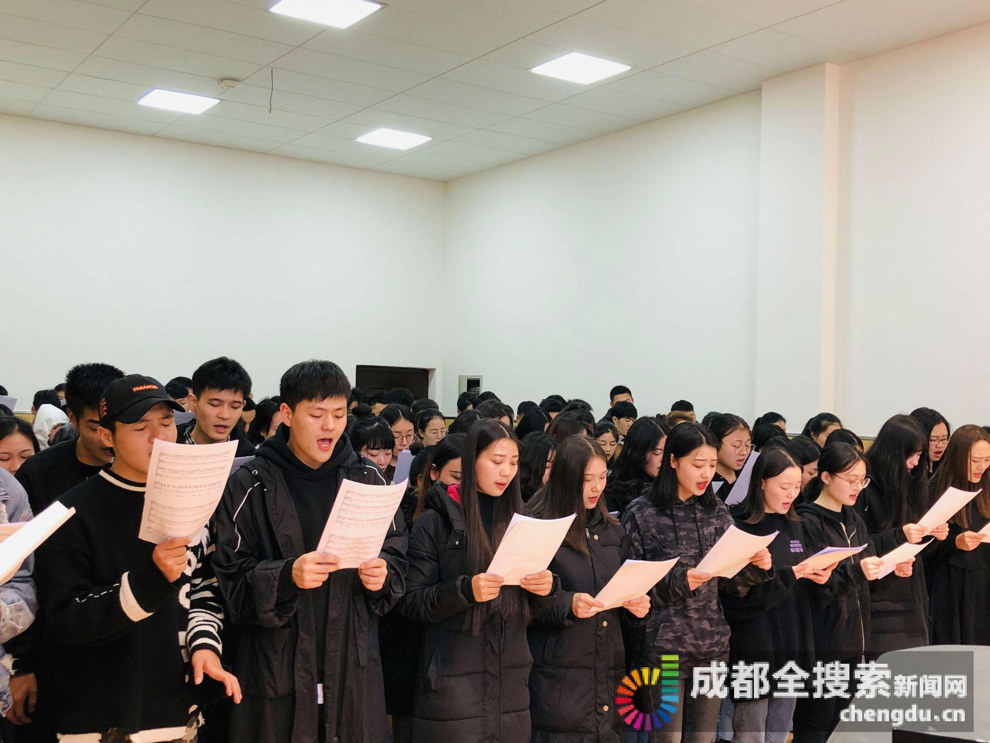 学生歌声悼念英雄怎么回事?四川凉山救火英雄一路走好!