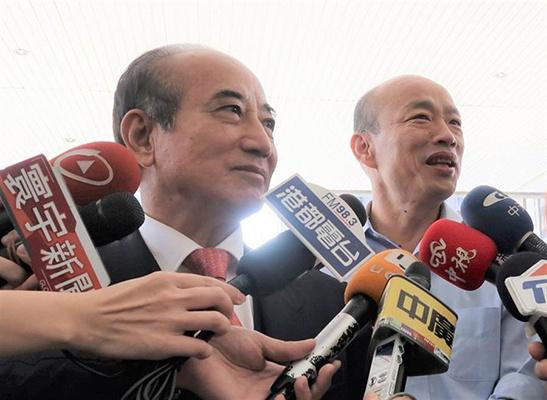 两人罕见同框 韩国瑜大呼与王金平见面没压力