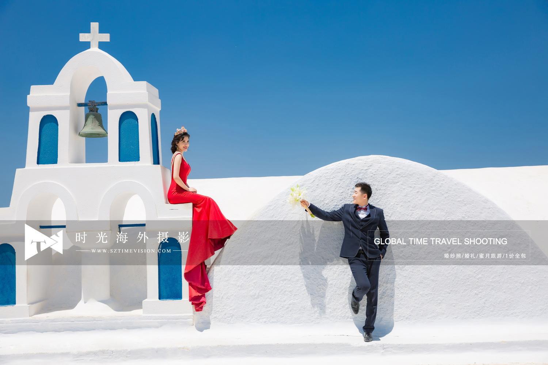 爱情就像圣托里尼婚纱照那蓝白交织的纯粹