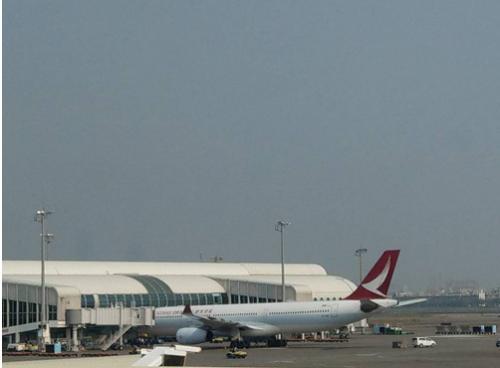 高雄飛往香港客機迫降什么情況?高雄飛往香港客機發生了什么迫降
