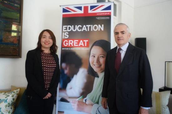 英国超30层同时爆发|英国超30%留学生来自中国 未来教育领域合作更密切