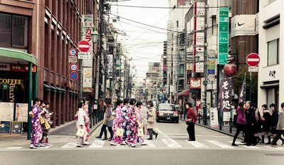 扩大英语_扩大接受外国人才 日本正式成立出入国在留管理厅