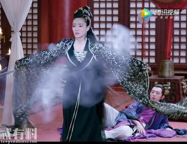 封神演义:杨戬奉命杀狐妖 妲己挡在狐妖身前:要杀他先杀我