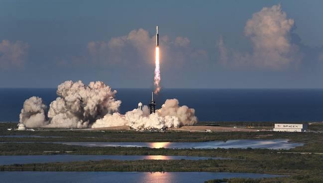 猎鹰火箭发射成功 什么是猎鹰火箭哪个国家发射的 有什么作用