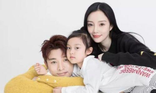 李小璐删掉与贾乃亮结婚背景照,李小璐贾乃亮真的离婚了吗?