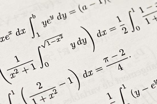 谷歌人工智能做高中数学 40题只对14题