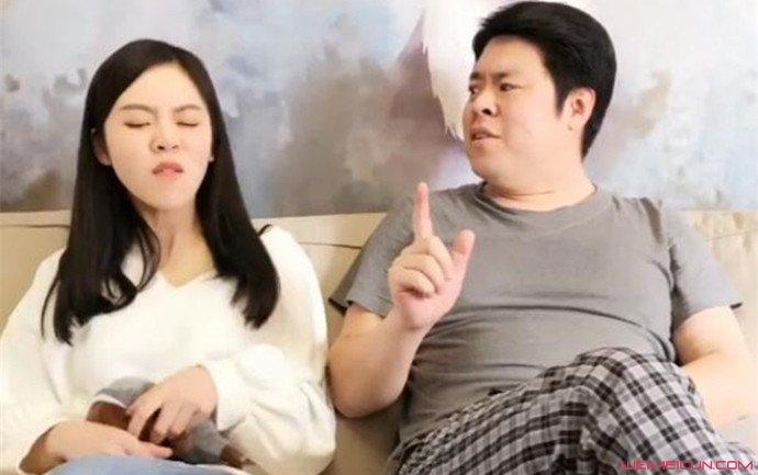 抖音祝晓晗和大叔是父女关系吗 祝晓晗家庭背