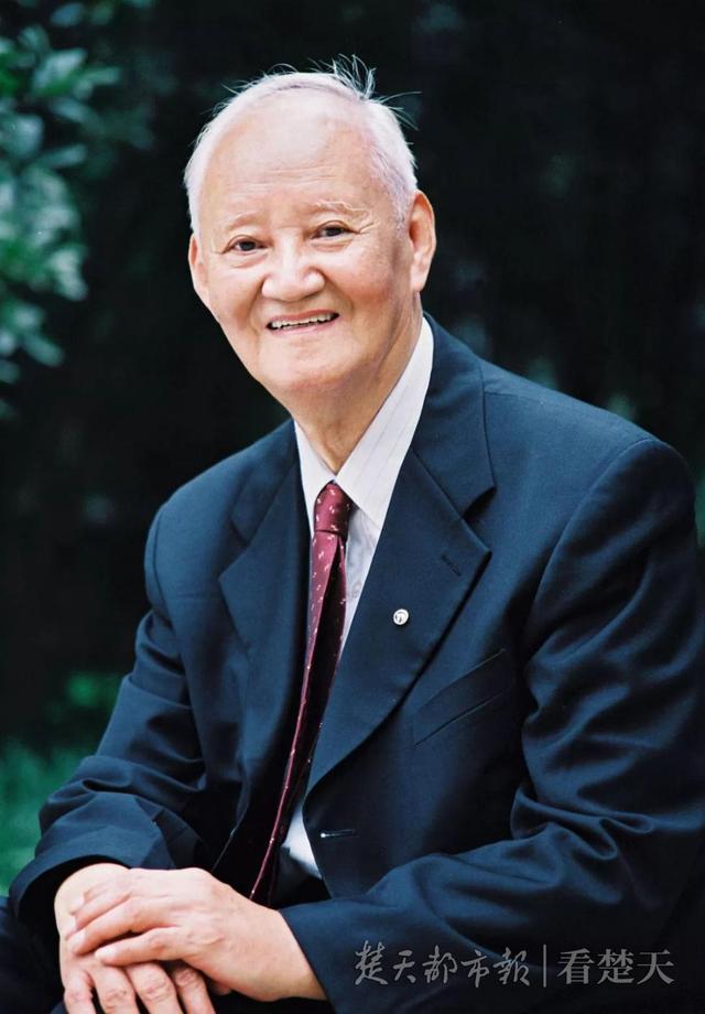 器官移植之父辞世,夏穗生个人资料照片,遗愿捐献眼角膜令人动容,童丽年龄