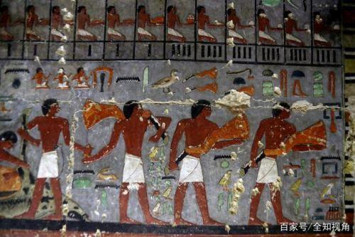 埃及发现4400年前古墓