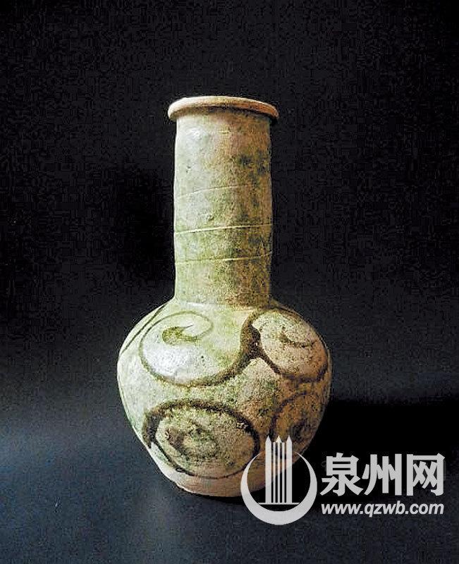 泉州收藏家:海外淘來磁灶瓷 無償捐給博物館