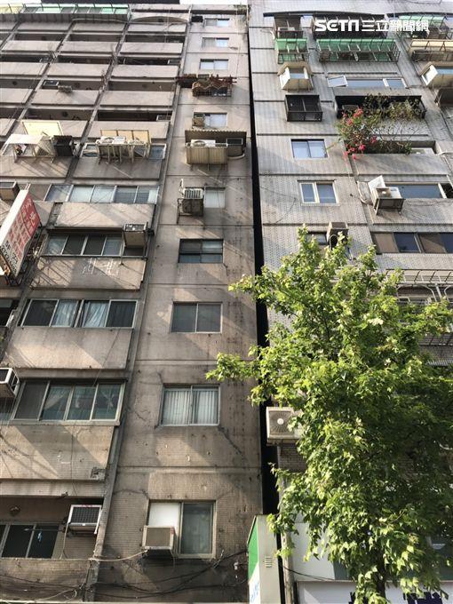 台湾花莲地震 台北又一大楼倾斜已疏散32人