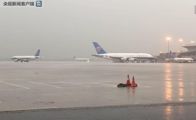 白云機場取消航班原因是什么?廣州暴雨致白云機場航班大面積延誤
