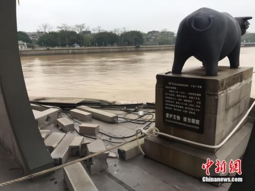 廣濟橋被撞受損詳細新聞介紹?廣濟橋為什么會受損嚴重嗎有什么歷史