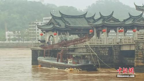 广济桥被撞受损怎么回事?广济桥为什么会受损严重吗有什么历史