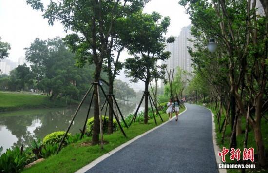 福州流花溪:曾經的垃圾河如今風景如畫