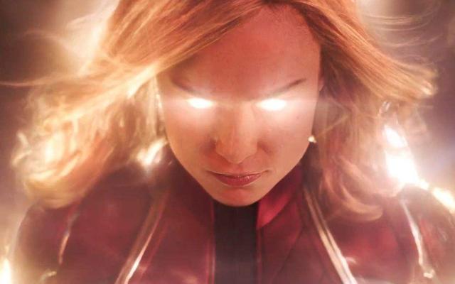惊奇队长凭什么硬刚灭霸?她的能力不过来源于一颗无限宝石