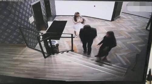 疑刘强东案录音曝光,女生向律师索要钱财?刘静尧为什么起诉刘强东