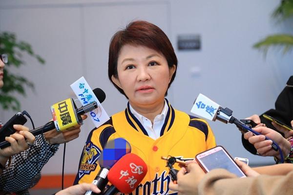 韩国瑜无法参与现行初选机制 卢秀燕:不能辜负民意