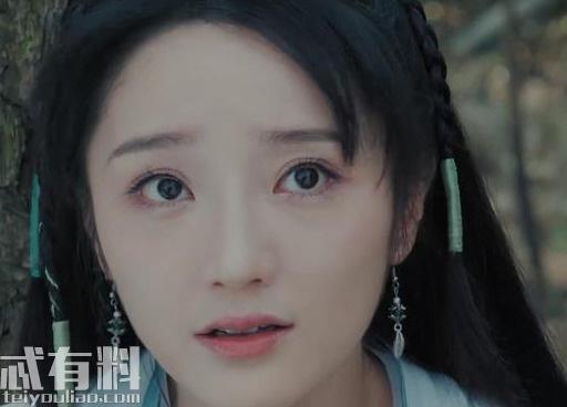 新白娘子传奇:小青意外得知母亲抛弃她的原因 龙王泪崩