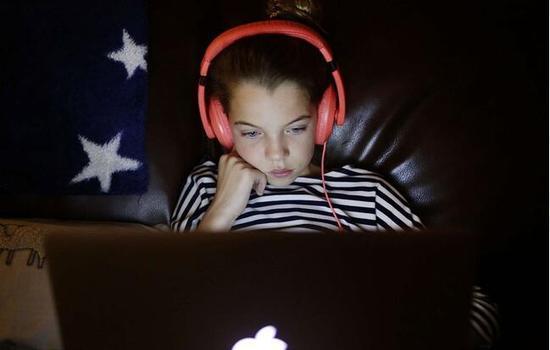 世卫组织:2岁以下儿童不要接触任何电子屏幕