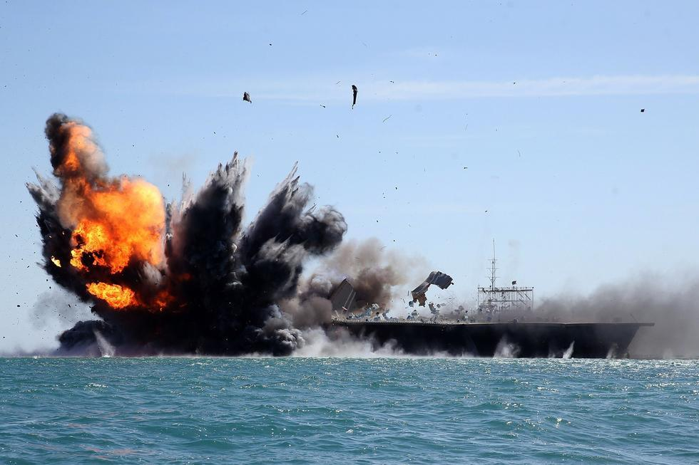 伊朗:美想进入霍尔木兹海峡 须同革命卫队谈判