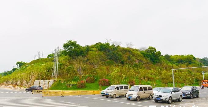 全新改造提升 福州南二环边三座渣土山变身小花园