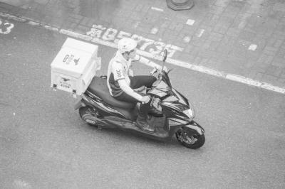 厦门老字号转战线上平台 40年古早味塑造外卖品牌