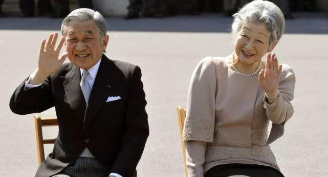 日本德仁天皇即位!日本新天皇德仁個人資料,寵妻學霸多才多藝