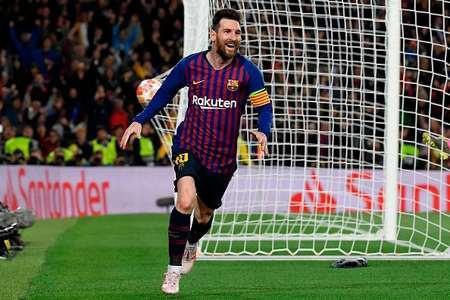 梅西任意球破门,巴萨3-0利物浦,巴萨欧冠500球
