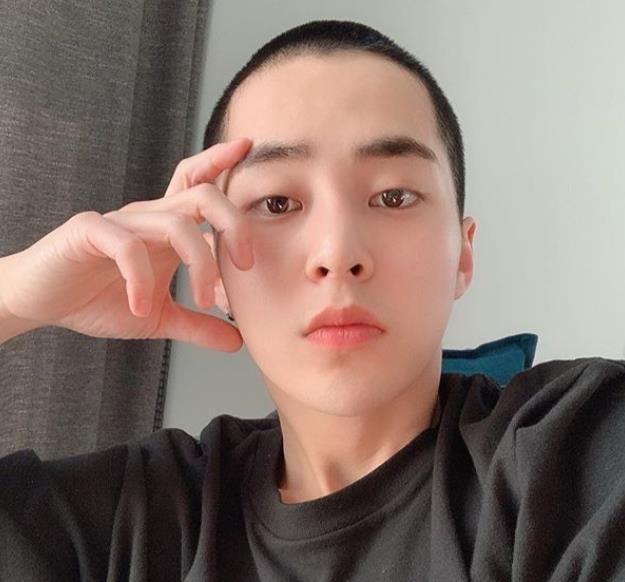 EXO開始入伍怎么回事?EXO成員XIUMIN什么時候入伍?