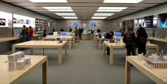 苹果零售店被用户吐槽:员工不少,买东西却麻烦