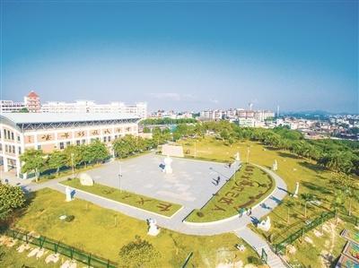 漳州市直4所民办校招初一新生4250人