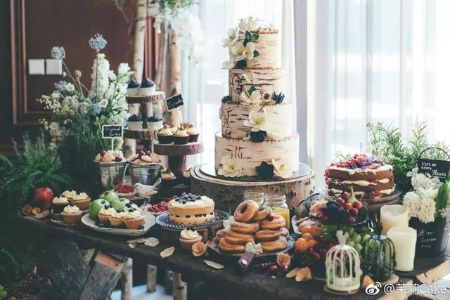 """将情书""""写""""进婚礼蛋糕 是最美味的情话"""