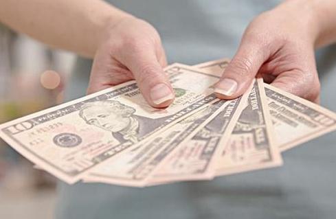 美国大学生用未来工资交学费没工作则不用偿还