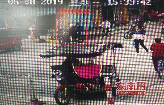 莆田涵江:光天化日结伙飞车抢夺 8小时内嫌犯全部落网