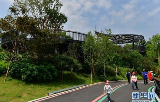 福州:逛城市绿道 享绿色生活