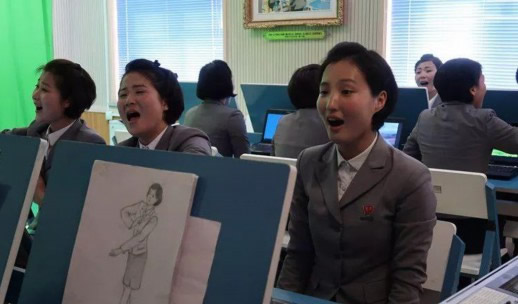 朝鲜学生标准发型什么样子:详情标准发型没第二种选择